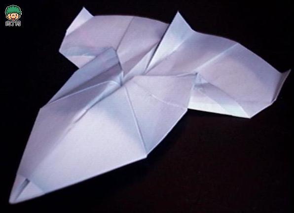 Бумажный самолет